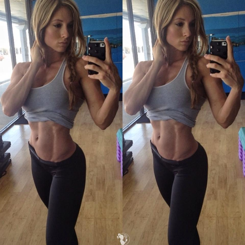 girls-with-best-abs_9
